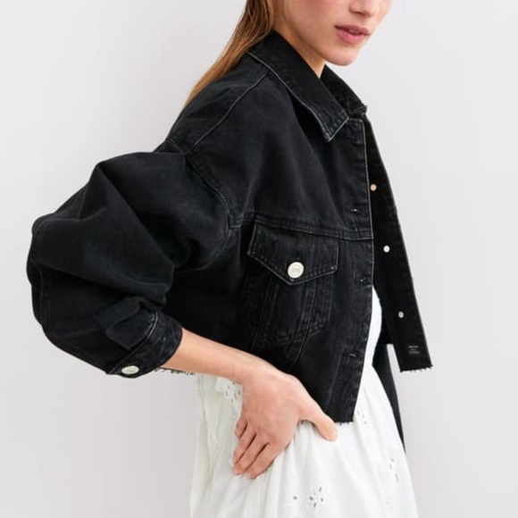 Zara Jackets & Blazers - Zara Black Cropped Denim Jacket